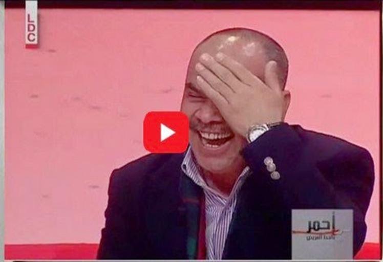 """ضحكة 'الدجاجة"""" تبكي الجمهور في برنامج عربي"""