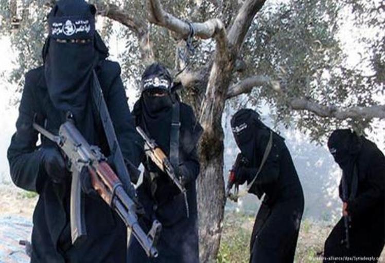 سنتان من المراقبة الأمنية لقاصر مغربية كانت تنوي الالتحاق بداعش