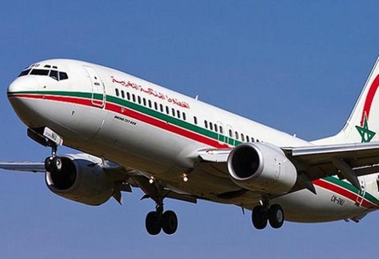 سرب طيور يجبر طائرة بالهبوط اضطراريا بمطار سانية الرمل!!