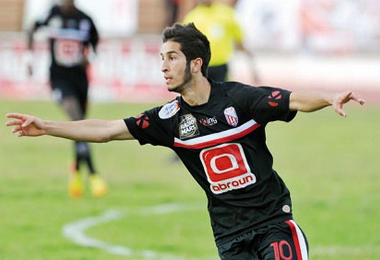 المغرب التطواني يحقق فوزه الأول في الدوري على حساب الرجاء البيضاوي