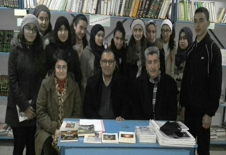 الكاتب المبدع خالد أقلعي ضيف نادي ثانوية القدس للقراءة والكتابة