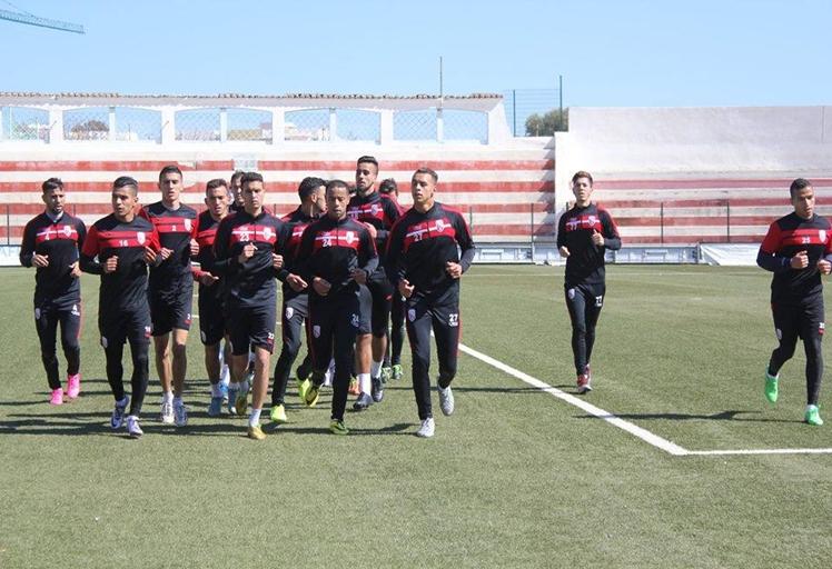 المغرب التطواني يسعى لعبور الرجاء البيضاوي للإقتراب من لقب الدوري