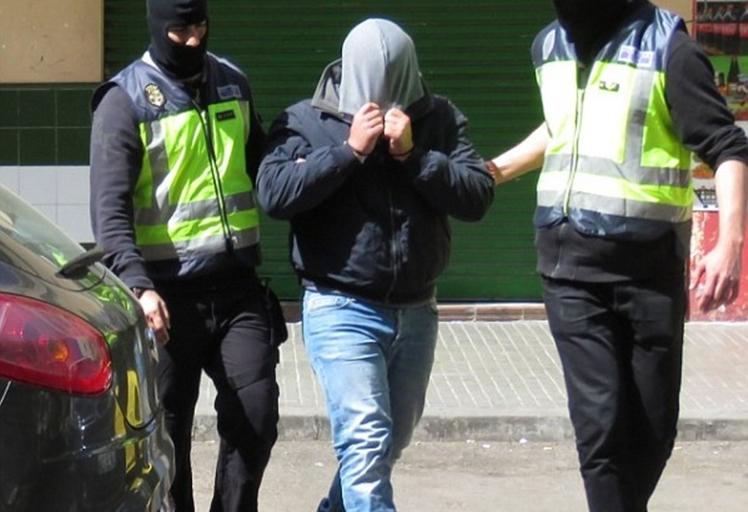 """شرطة مايوركا تعتقل """"مغربي"""" مشتبه فيه بالاستعداد لتنفيذ تفجيرات إرهابية باسبانيا"""