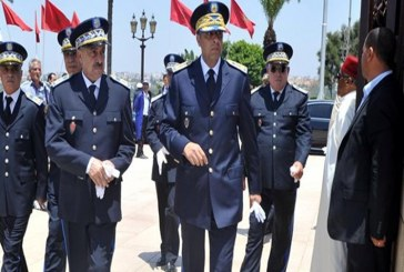 الحموشي يعاقب شرطيين بعد مراقبة فجائية في طنجة