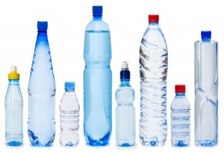 دراسة تحذر: قوارير الماء البلاستيكية تحتوي على جراثيم أكثر مما موجود بالمراحيض