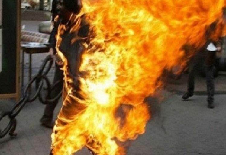 """العرائش: بعد تعرضها لاستفزاز جيرانها أقدمت """"خمسينية"""" على حرق نفسها"""
