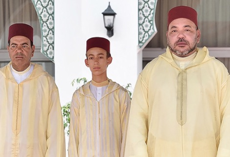 بعد أداء فريضة العيد..الملك محمد السادس يحل بمدينة تطوان