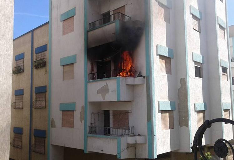 بالصور: حريقين منفصلين لشقة و محل للأحذية يستنفران الوقاية المدنية بتطوان