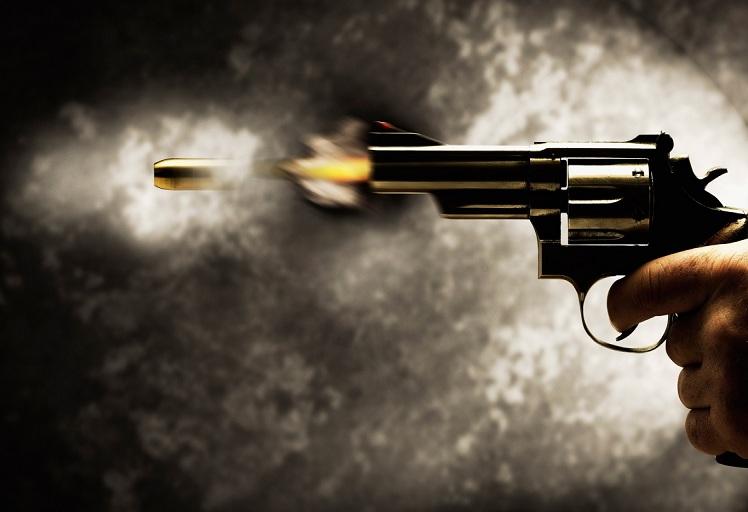 """أمن الحسيمة يطلق الرصاص الحي لفك عربدة ثلاث """"مشرملين"""""""