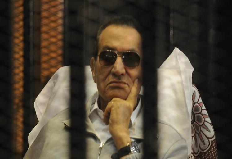 """في ملف قتل متظاهرين: """"مبارك"""" يتغيب عن رابع جلسة له بالمحكمة"""