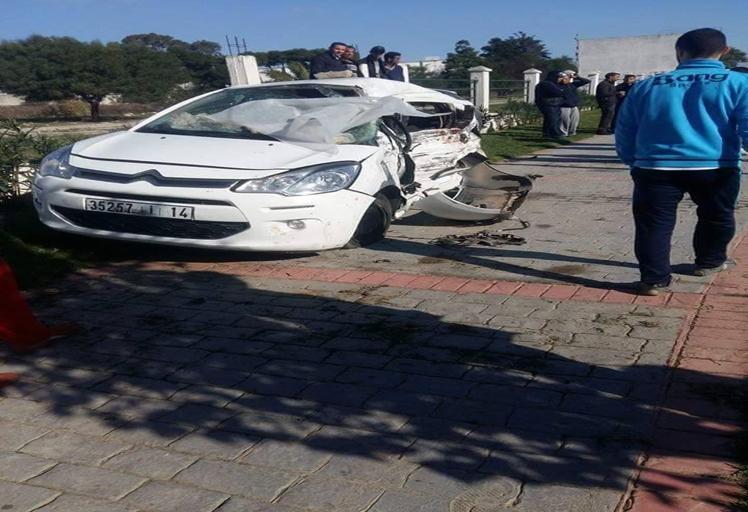 مصرع أربعة أشخاص في حادث اصطدام شاحنة بسيارة في طنجة