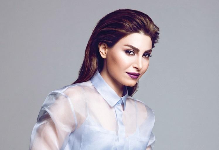 """""""يارا"""" تحصد كمّاَ كبيرا من التعليقات حول صورتها الجديدة"""