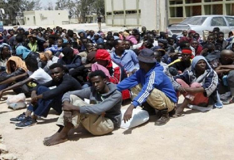السلطات الإسبانية ترحل 79 مهاجرا سريا من سبتة المحتلة واحتجاجات من طرف المهاجرين الجزائريين