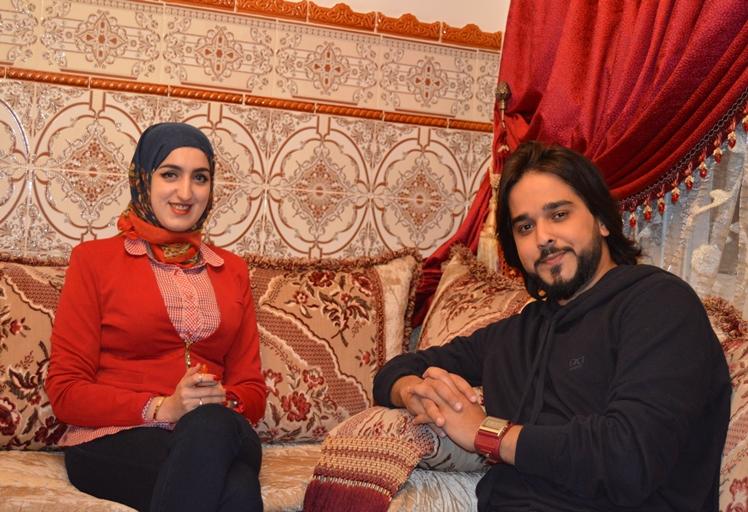 """شاهد الحلقة الأولى لبرنامج """"ضيف برو"""" مع الفنان التطواني معتز أبو الزوز"""