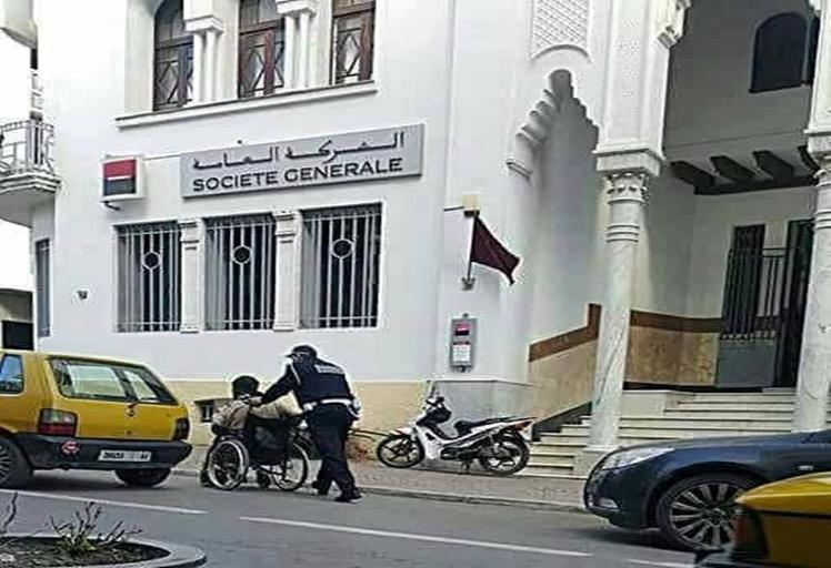 صورة شرطي من تطوان تشعل مواقع التواصل الإجتماعي