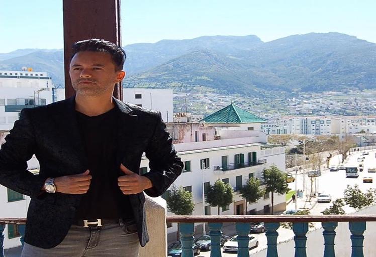 ريدوان يضع اللمسات الأخيرة لأغنيته الجديدة ..و ينتج لهذا الفنان الجزائري!!