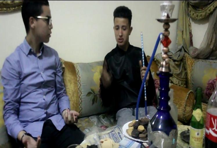 """شبان من تطوان يبدعون في إخراج فيلم قصير بعنوان """"المراهقة السوداء"""""""