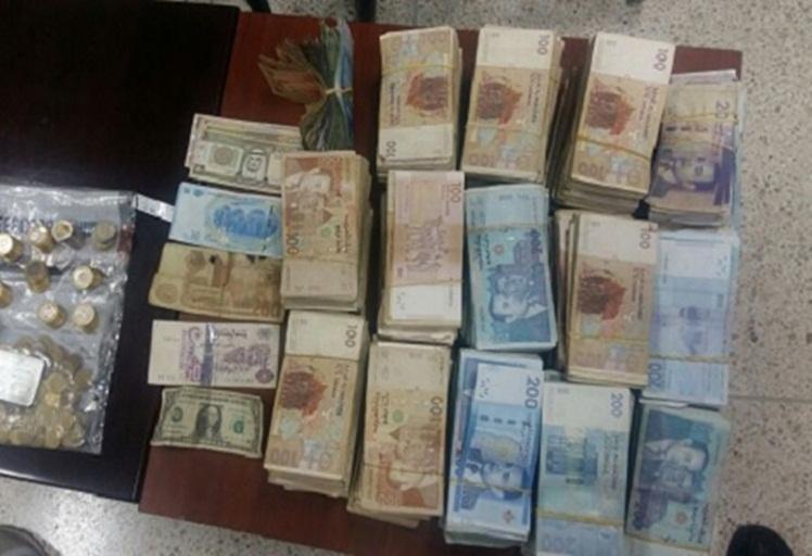 """الشرطة توقف مشتبه فيهم باقتراف """"سرقة ضخمة"""" في طنجة"""