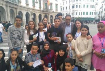 في بادرة حسنة ،النادي الثقافي لجمعية بوسافو للتعاون والتنمية البشرية ينظم حملة توعوية بظاهرة البصق في الشوارع في تطوان