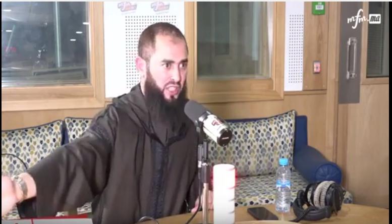 """بالفيديو: موقف الداعية التطواني المرح """"رضوان بن عبد السلام"""" من الحراك في الريف"""