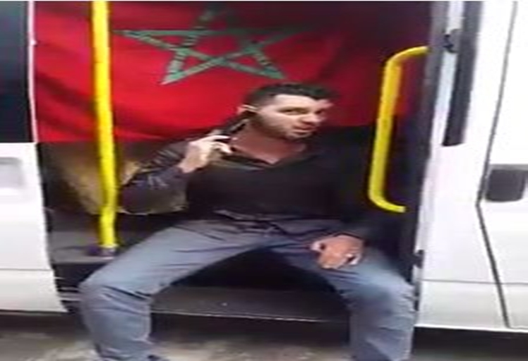 """أمن الدا البيضاء يعتقل الشاب الذي هدد """"ريافة"""" بسكين ومسدس"""