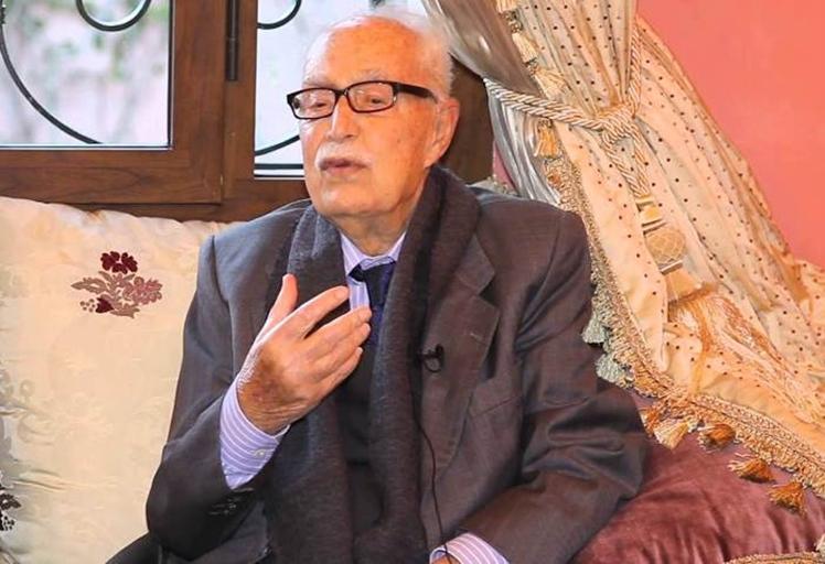 عميد الصحفيين وكتاب المغرب عبد الكريم غلاب في ذمة الله