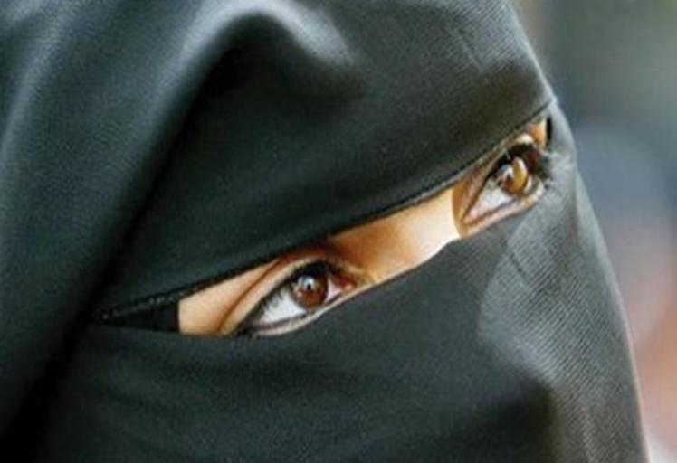 """الأمن ينفي اختطاف نساء """"منقبات"""" للأطفال في تطوان"""