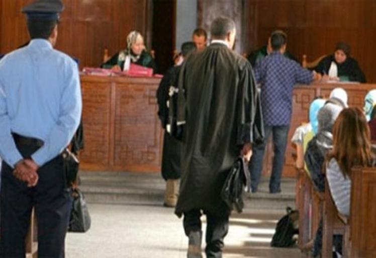 إستئنافية تطوان تحكم ببراءة موظف صحة ونسيبه من سرقة بيت عدل معروف