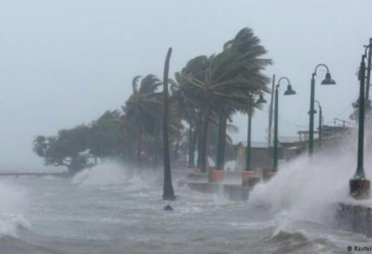 """هذه حقيقة إعصار """"أوفيلا"""" الذي يهدد سواحل المغرب"""