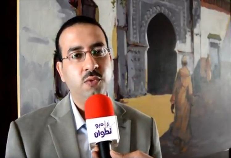 """بالفيديو:الإعلامي المصري """"بهنسي"""" يُفجّرها ويخرج عن صمته بعد منع دورته التكوينية بتطوان"""