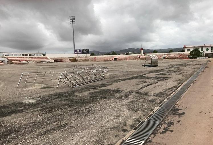 """المغرب التطواني يطالب بفتح تحقيق في التأخير بإصلاح ملعب """"سانية الرمل"""" والذي كبد الفريق خسائر مادية ومعنوية كبيرة"""