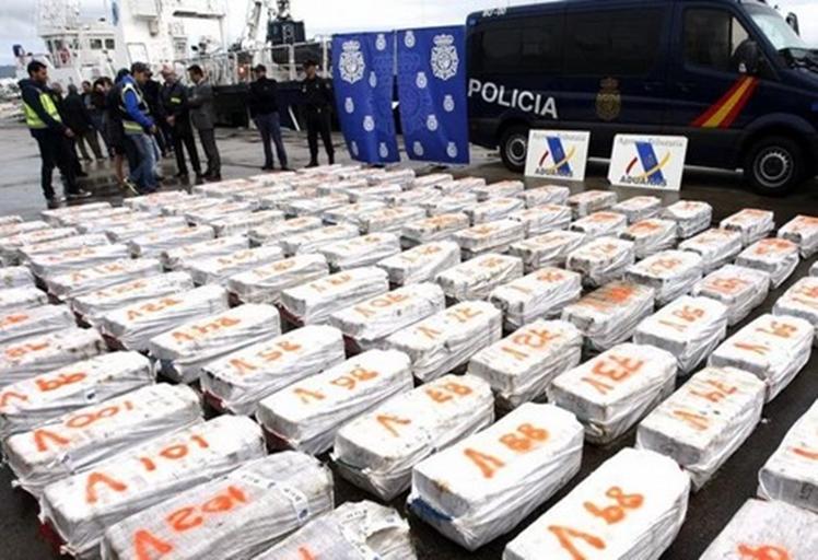 """Résultat de recherche d'images pour """"الحشيش و الحرس المدني الإسباني"""""""