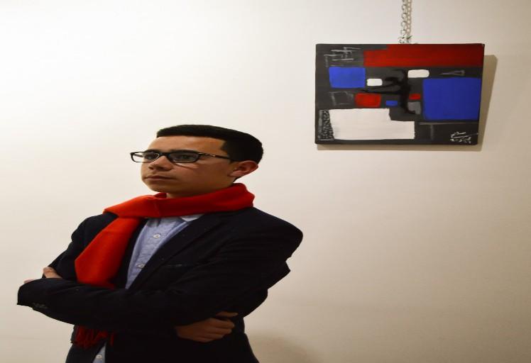 """""""أبعاد""""..عنوان أول معرض تشكيلي للفنان الشاب صلاح الدين بولعيش"""