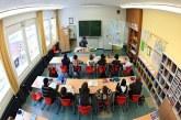 """وزارة التربية الوطنية تفتح باب الهجرة نحو """"أوروبا"""" للراغبين في تدريس أبناء الجالية"""