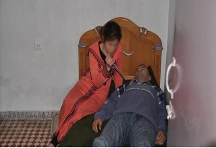 بالصور:إعادة تمثيل جريمة قتل أستاذ من طرف حبيبته الفاسية بتطوان