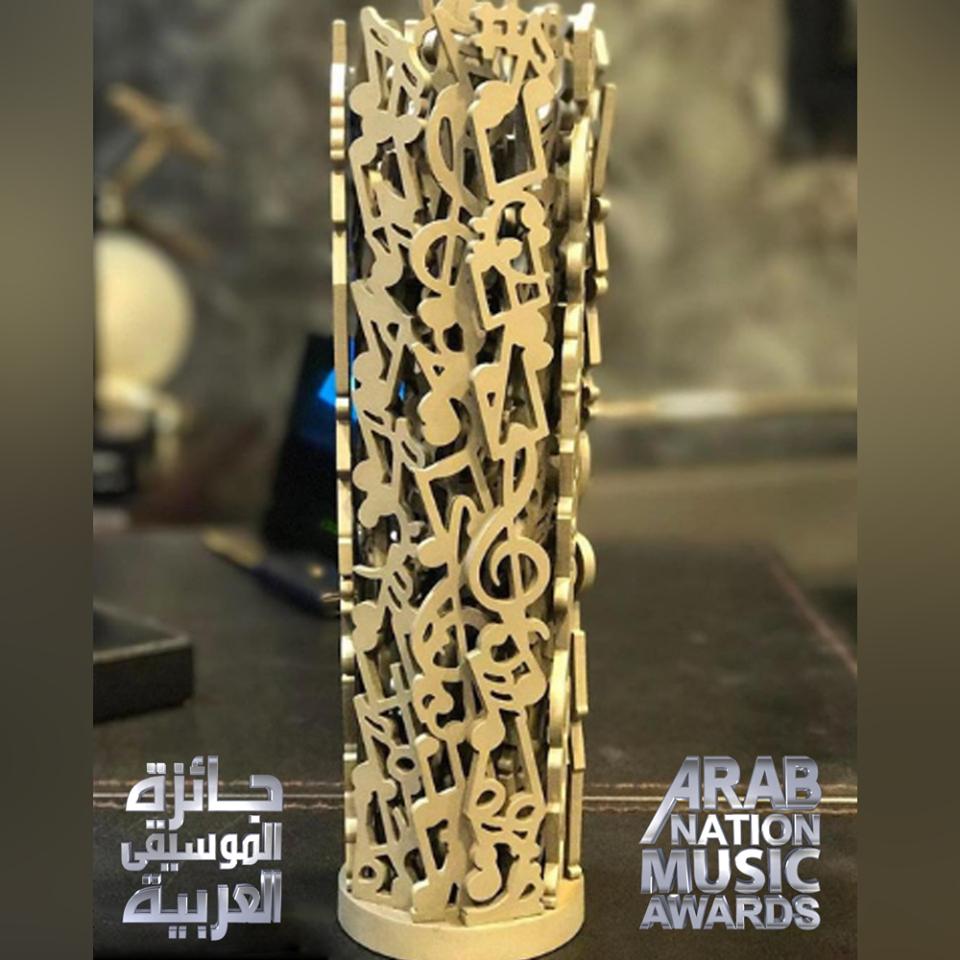 """تتويج """"سعد المجرد"""" و """"عبد الفتاح الجريني"""" في حفل جوائز الموسيقى العربية"""
