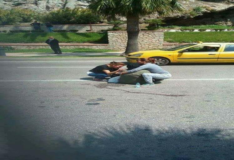 صورة سائحتان اجنبيتان في تطوان تلهب الفيسبوك