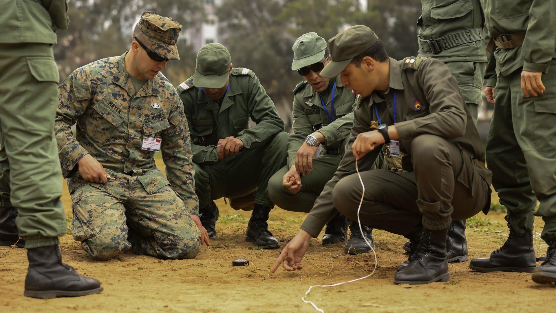 عناصر الجيش المغربي تصد لصوص تسللوا إلى ثكنة عسكرية بالعرائيش