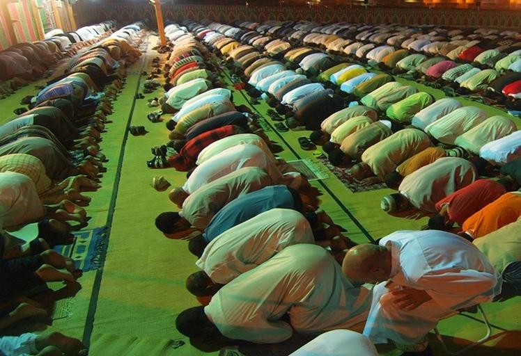 المجلس العلمي يدعو أئمة التراويح للتخفيف عن المصلين خلال رمضان