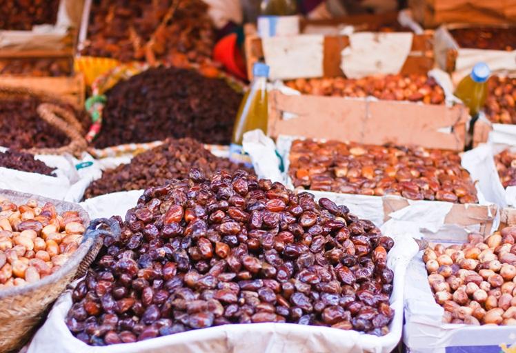 تمور إسرائيلية خطيرة على الصحة تغزو الأسواق المغربية في رمضان