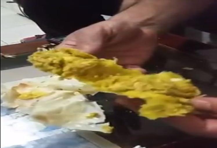 فيديو: تطوانيون يفضحون محل حلويات معروف في تطوان