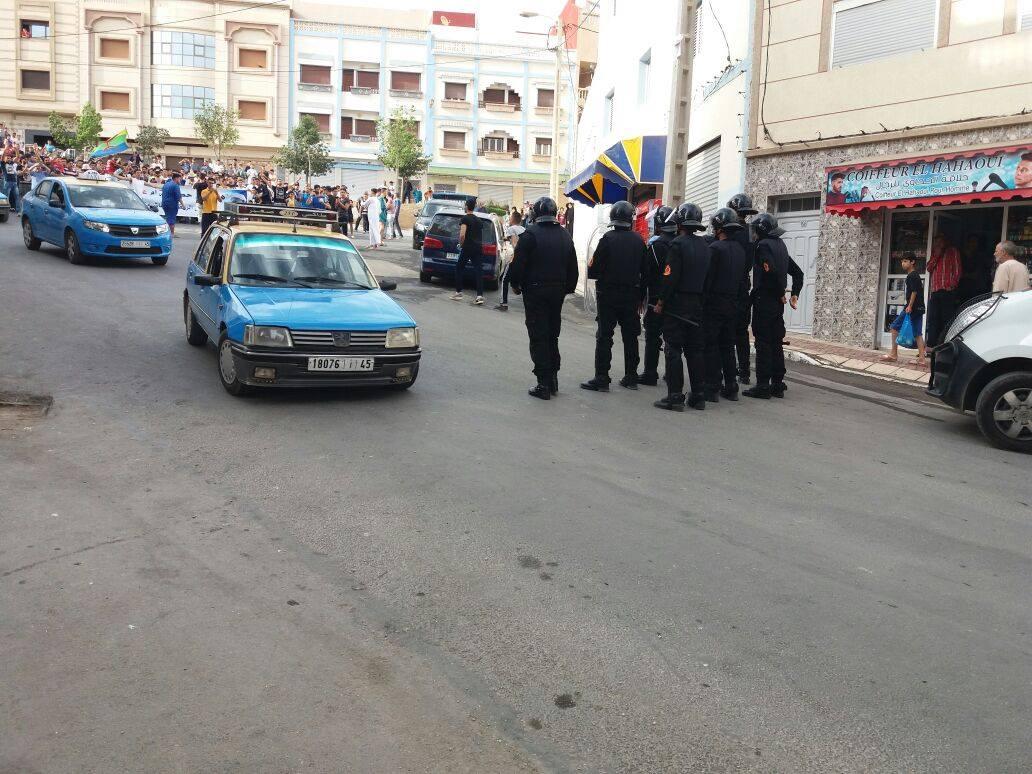 المديرية العامة للأمن الوطني: 298 شرطيا أصيبوا في الريف والخسائر فاقت 14 مليون درهم