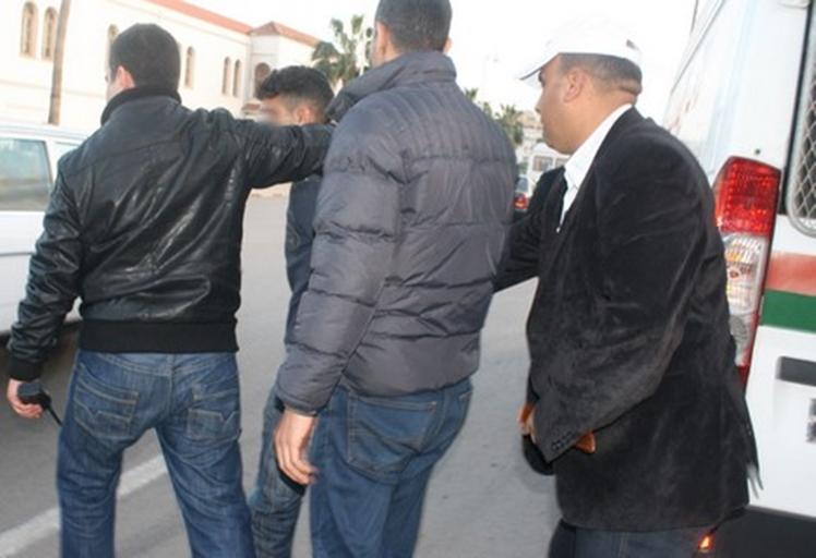 """مصالح أمن تطوان تضع حدا لمغامرة """"زرميطة"""" في الإتجار بالمخدرات"""