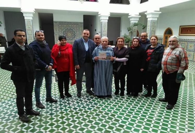 شركة سافا ترافل للأسفار الدولية تهدي عمرة لمسن بدار العجزة بوسافو بتطوان