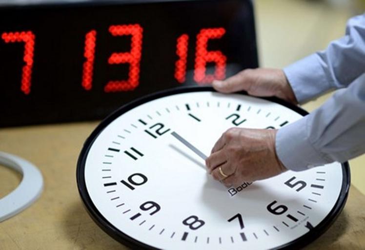 المغرب يضيف 60 دقيقة إلى توقيته الرسمي في هذا التاريخ