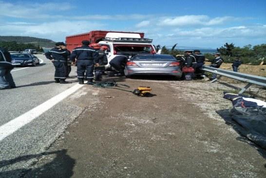 مصرع أربعة أشخاص في حادثة سير خطيرة بطريق واد لو